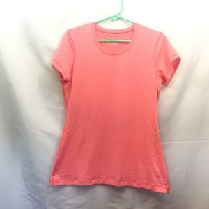 Under Armour Size L Pink Fitted Short Sleeve Top
